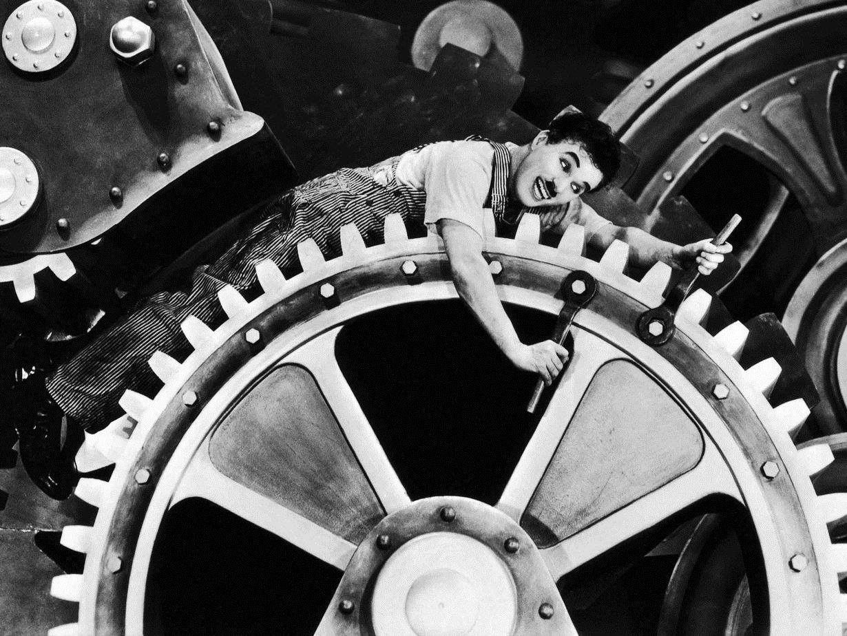 Fotogramma da Tempi Moderni - di Charles Chaplin.